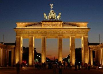 Call for Closer German Ties