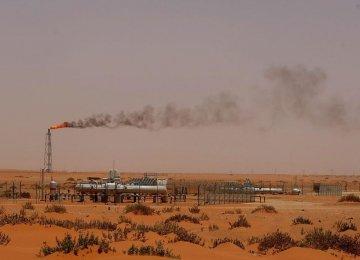Iraqi Kurds Threaten Gov't Oil Sales