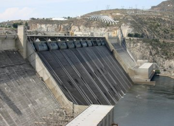 Iran to Implement Dam, Irrigation Projects in Oman