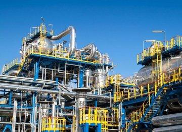 Spain's SERCOBE Discusses Petrochem Financing