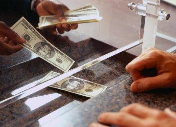 Traders See Greenback in Uncertain Territory