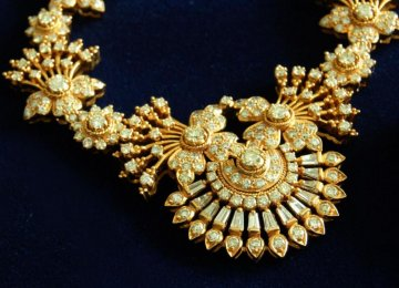 Certificate of Authenticity Essential for Jewelry Deals