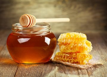 Turkey Profits From Iranian Honey