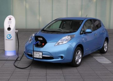 Gov't to Provide Incentives for EVs