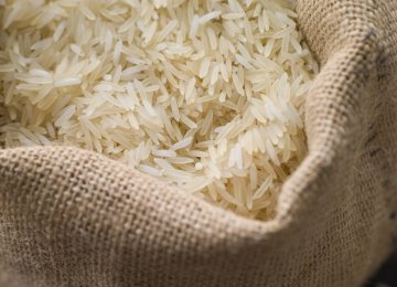 Gov't Vows Support for Rice Farmers