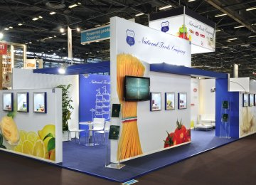 Int'l Food Fair in Paris
