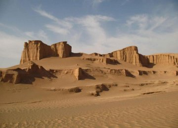 Deserts Becoming Increasingly Popular Tourist Destinations