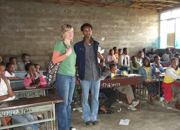 Voluntourism – More Harm Than Good?