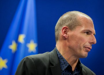 Germans Want Greece to Exit Euro, Gov't Says Otherwise