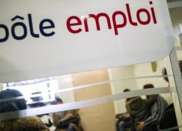France Jobless Claims Fall