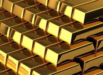 Gold Rises 4%