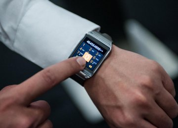 Connectivity, Sales of Wearables to Increase