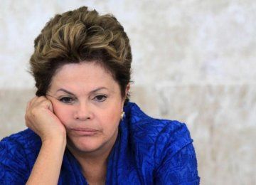 Brazilians Blame Rousseff for Grounding Economy
