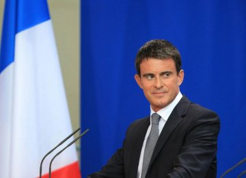 French PM: 10,000 Europeans Could Join IS by Yearend