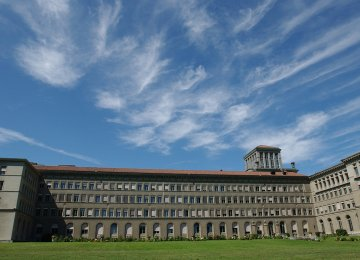 WTO Cuts Global  Trade Growth Forecast  for 2014, 2015