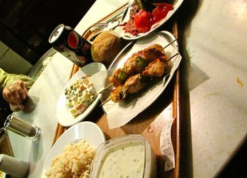Tourists in Turkey Spent $6.5b on Food in 2014