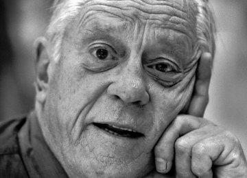 Journalist Ben Bradlee Dies
