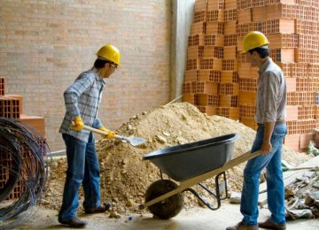 700,000 Construction Workers Get Insurance Cover