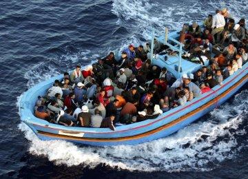 EU Gets 1m Migrants, Smugglers Reap $1b