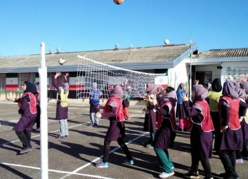 Schools Brush Aside PE