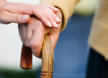 Slow Walking Speed Linked to Alzheimer's