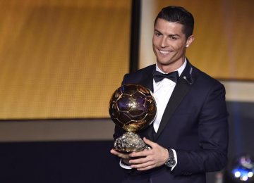 Ronaldo Wins Ballon d'Or for 3rd Time