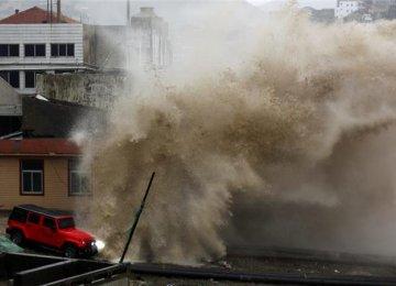 865,000 Evacuated Ahead of Typhoon in China
