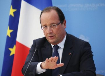Hollande Grinds Out French Reforms