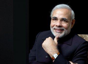Modi Offers Fund, Tax Breaks for Startups