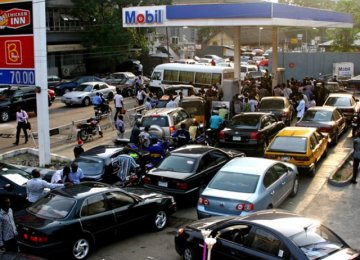 Nigeria Paying $800m to End Fuel Crisis