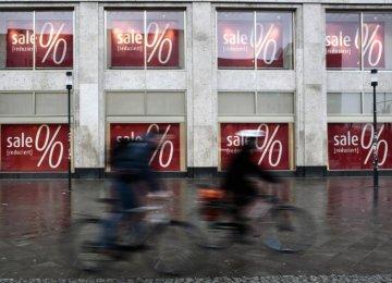 S&P: Eurozone Needs $2.7t to Rid Deflation Threat