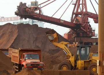 Iron Ore Rout Deepens
