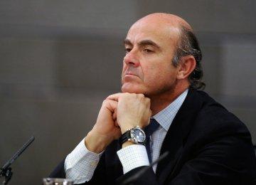 Spain Improves Debt Outlook