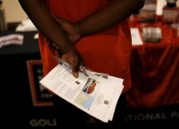 US Jobless Claims Fall More Than Expected