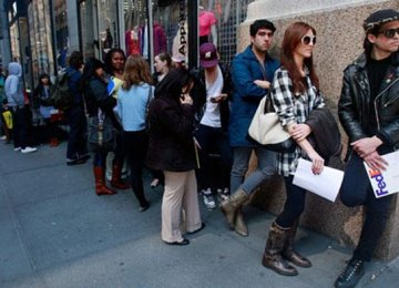 US Joblessness Expands