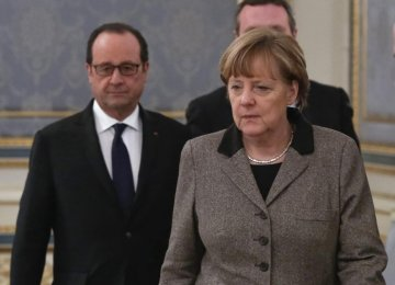 Merkel, Hollande in Moscow  for Ukraine Talks