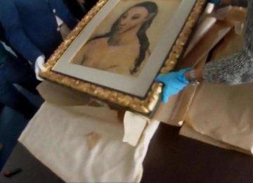 Harvard Spiffs Up Dorms With Original Masterpiece Prints