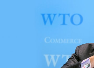 WTO Director General Roberto Azevedo says the world must keep resisting the erection of new barriers to trade.