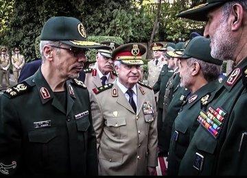 Top Iran, Pakistan Generals Discuss Kidnap Case