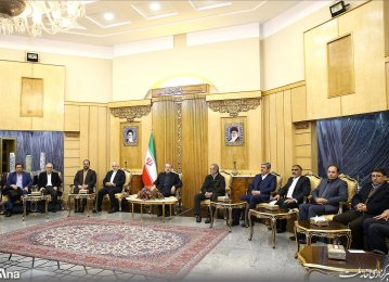 Iran, China Explore Ways of Deepening Ties