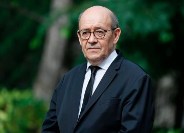 French FM Plans March Trip to Iran