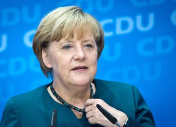 Merkel Urges Regional Effort to End Qatar Crisis
