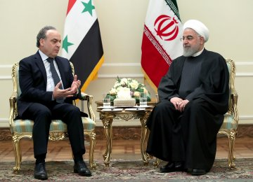 Top Iran, Syria Officials Call for Enhancing Ties
