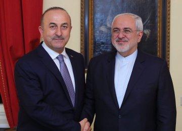 Zarif Congratulates Turkish Counterpart