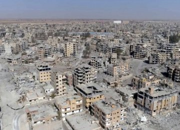 Turkey Appalled by US Stance on IS Withdrawal From Raqqa