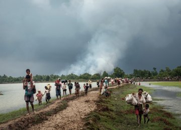 Myanmar, Bangladesh Sign Rohingya Return Deal