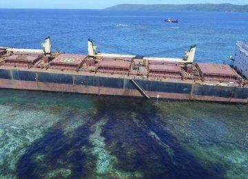 Australia Sends More Help for Solomon Islands Oil Spill