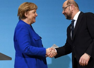 Merkel Races to Form Gov't