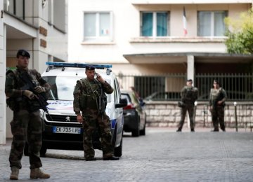Man Arrested For Trying to Kill French Soldiers