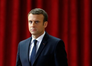 Macron's Party Heading for Parlimentary Poll Victory